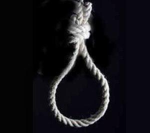 فيديو : إيراني يظل حياً بعد إعدامه شنقاً و السلطات الإيرانية تلغي إعدامه ! 1