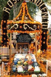 يوم الموتي : حينما يحتفل المكسيكيون بالموت ! 1