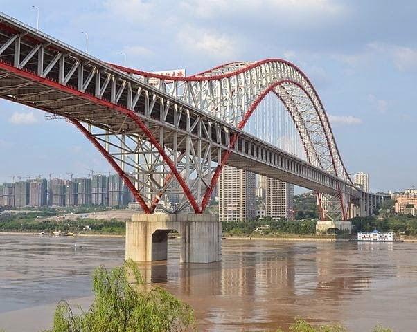 أطول جسر قوسي حديدي في العالم