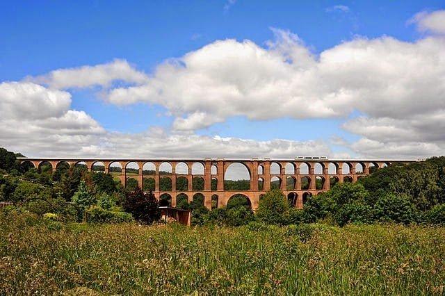 أكبر جسر في العالم من الطوب