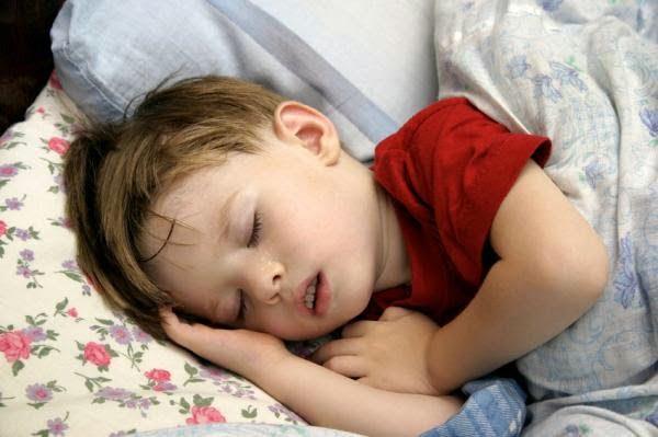 12 نصيحة لعلاج الأرق والحصول على نوم عميق