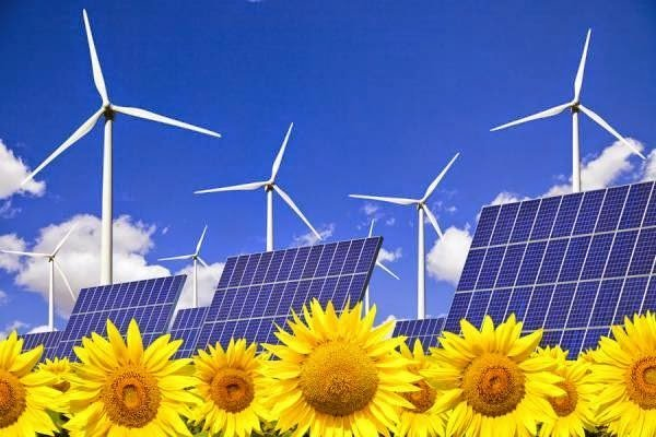 توليد الكهرباء من الطاقة الشمسية و الرياح للمنازل
