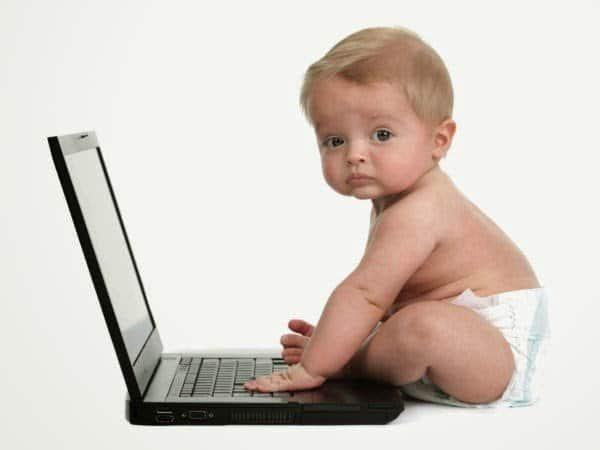 لعبة طريفة على الكمبيوتر للأطفال أقل من عمر سنتين 1