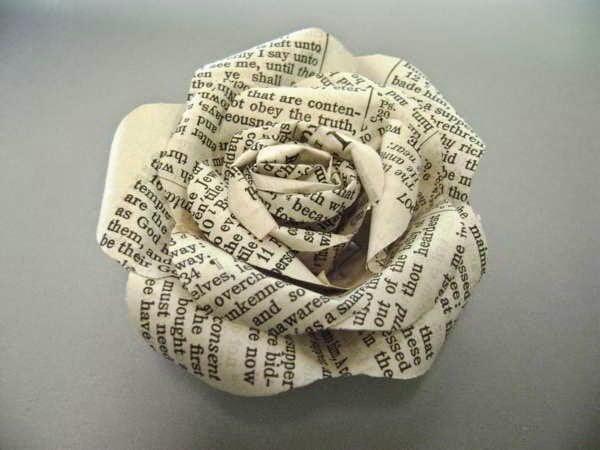 أفكار لإعادة تدوير ورق الجرائد 4