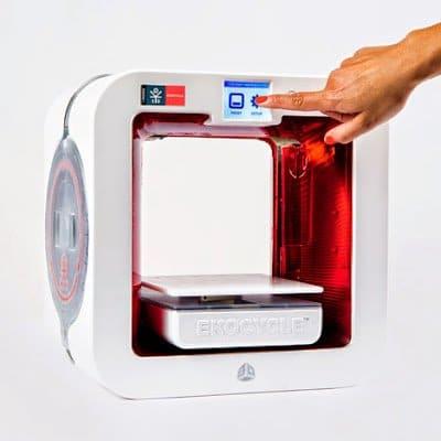 طابعة ثلاثية الأبعاد من كوكاكولا لإعادة تدوير الزجاجات البلاستيك ! 3