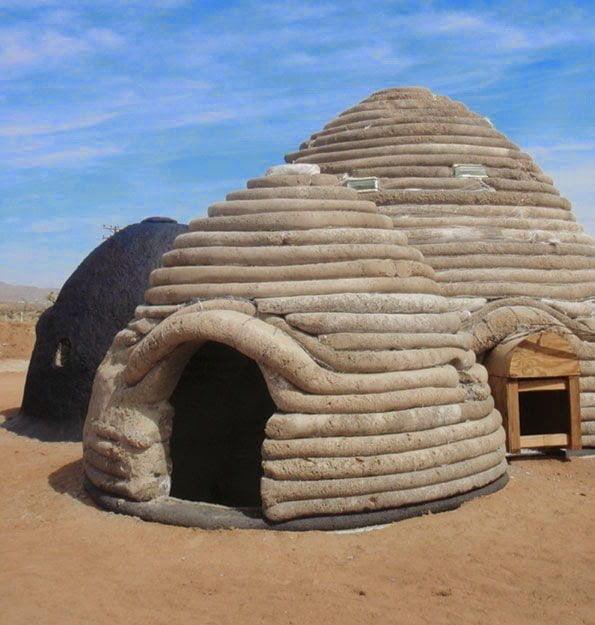 كيف تبني بيتاً رائعاً من أكياس الرمل أو الطين و الأسلاك الشائكة ! 3