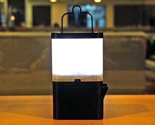 مصباح مبتكر يعمل بالماء و الملح ...فقط 4
