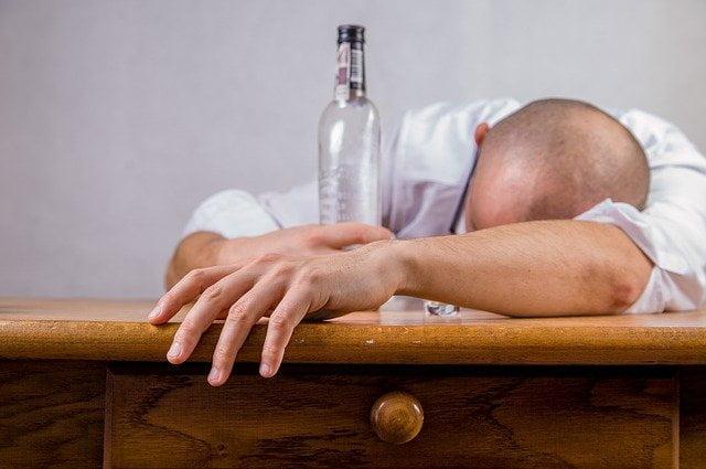 دراسة: كأس واحد من الكحول يسبب خطرًا فوريًا على القلب 1